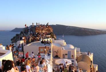 Santorini, mitul paradisului regasit
