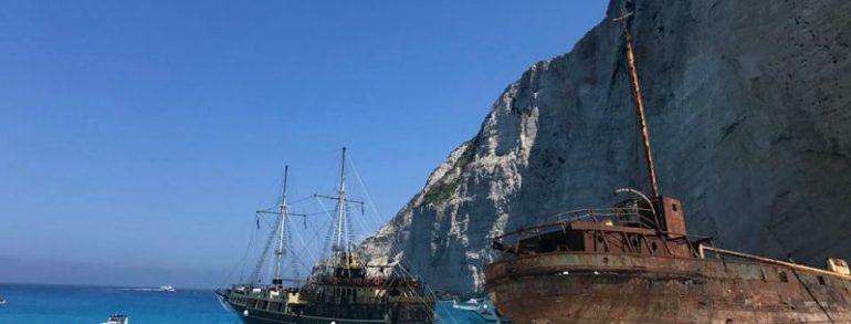 Plaja Navagio, mit sau realitate