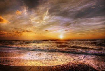 Nocturna pe litoral